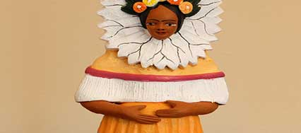 Ceramic figure of Frida Kahlo from the taller of Guillermina Aguilar of Ocotlan Oaxaca