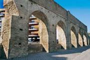 Die Ruinen vom Acueducto