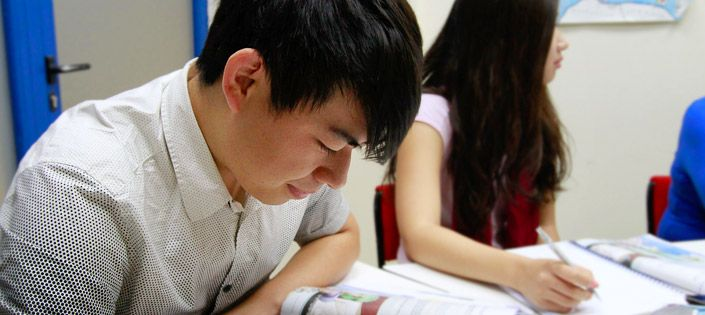 Chinese Studying Spanish in Spain