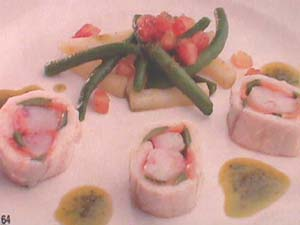 Rolled sole and shrimps with basil