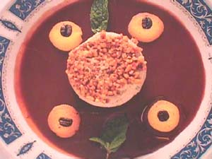 Almond cup