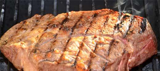Asado in argentina argentinian asado recipe don quijote for Argentine cuisine culture