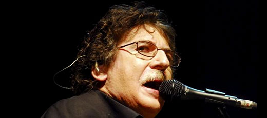 Charly garc a famoso cantante argentino don quijote for Chimentos de famosos argentinos